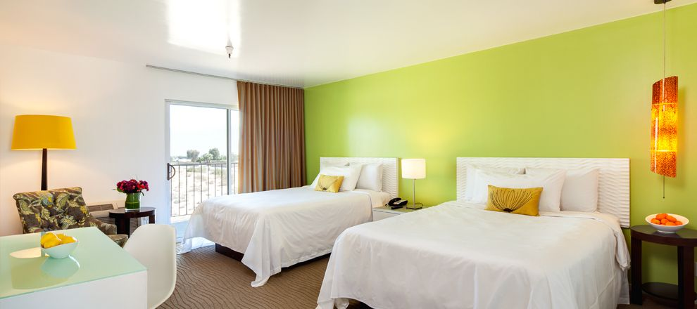 aqua-soleil-hotel-mineral-water-double-queen_slide_01