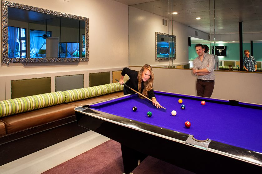 pool-table_Aqua-Soleil-Hotel-&-Mineral-Water-Spa